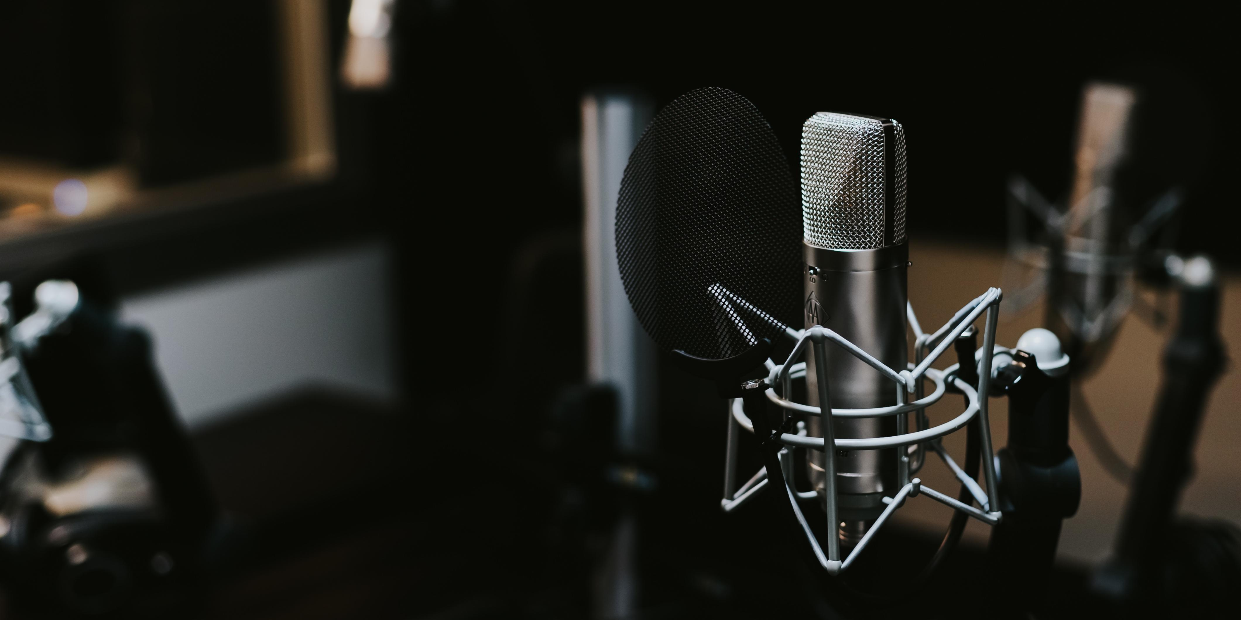 10 Business and Accountancy Podcasts you should be listening to